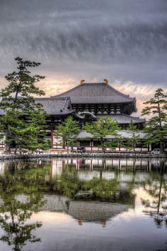 Todaiji Pond, Nara, Japan 東大寺鏡池
