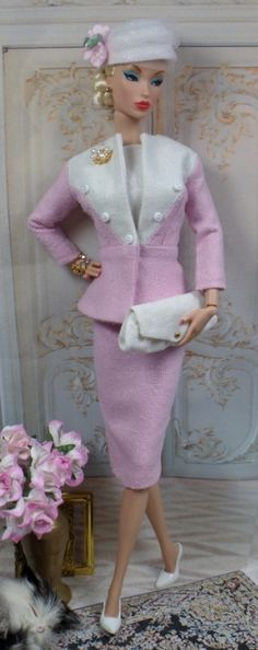 So nice! http://bvisayc556.wordpress.com/2014/01/02/fairbanks-for-silkstone-barbie-and-victoire-roux-on-etsy-now/