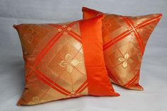 This striking throw pillow cover will provide just the right accent you need in your home. The pillow cover is made out of recycled 100% silk kimono