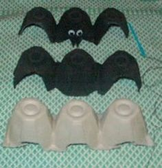 Mommy's Blog: DIY Halloween Decoration - Egg Carton Bats