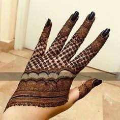 Trendy and stunning 140 finger mehndi designs for 2020 brides! Trendy and stunning 140 finger mehndi designs for 2020 brides!,mehendi Trendy and stunning 140 finger mehndi designs for 2020 brides! Henna Hand Designs, Mehndi Designs Finger, Mehndi Designs Book, Stylish Mehndi Designs, Mehndi Designs 2018, Mehndi Designs For Beginners, Mehndi Designs For Girls, Mehndi Design Photos, Mehndi Designs For Fingers