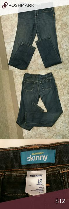 Old Navy skinny jeans Blue denim skinny jeans, zip fly, adjustable waist, worn once. 12 regular Old Navy Bottoms Jeans
