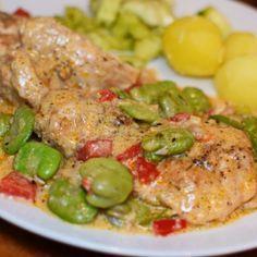 Pieczony udziec z indyka   Szlakami Smaków Calzone, Poultry, Chicken, Meat, Products, Easy Meals, Backyard Chickens, Gadget, Cubs