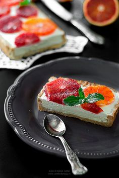 Can't boil an egg: Lemon mousse & blood orange tart Lemon Mousse, Pinterest Recipes, Blood Orange, Boiled Eggs, Tarts, Canning, Sweet, Projects, Food