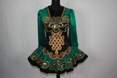 Love the design the colors and the skirt. Just LOVE it ALL!!!