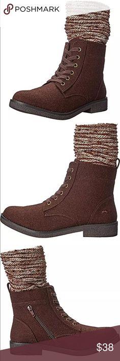 Listing! Rocket Dog Vegan Combat Boots! NEW! Faux leather. Socks attached. NIB! Rocket Dog Shoes Combat & Moto Boots