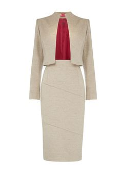 How To Power Dress Like Alicia Florrick on The Good Wife