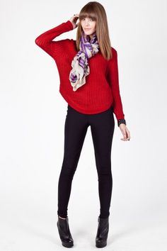 Scoop sweater in red