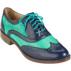 Cole Haan Skylar Oxford - These, at a summer festival, sipping fresh lemonade. Brogues Outfit, Oxford Shoes Outfit, Women Oxford Shoes, Dress Shoes, Women's Shoes, Loafers, Fab Shoes, Cole Haan Oxfords, Black Oxfords