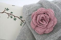 Horgolt rózsa 2 változatban