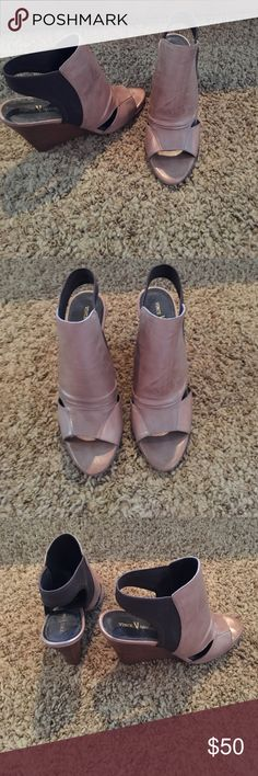 Only worn once Vince Camuto wedge heels! Super cute and comfortable Vince Camuto wedge heels, soft leather Vince Camuto Shoes Wedges
