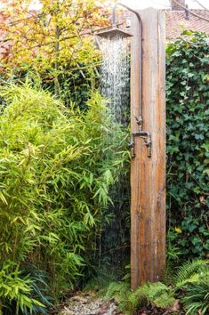 Outdoor Pool Shower, Outdoor Shower Enclosure, Outside Showers, Grey Water System, Garden Shower, Outdoor Bathrooms, Budget Patio, Outdoor Material, Cozy House