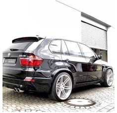 """(^.^) Thanks, Pinterest Pinners, for stopping by, viewing, re-pinning, following my boards. Have a beautiful day! and """"Feel free to share on Pinterest..^..^ #cars Bmw Suv, Bmw Cars, Bmw X Series, Bmw X5 E70, Automobile, Bmw Performance, Bmw Autos, Audi, Luxury Suv"""