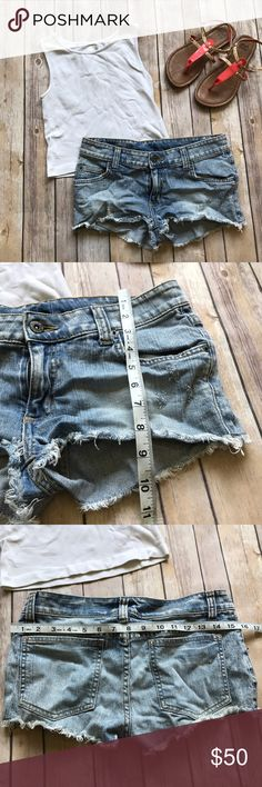 LF Carmar Jean Shorts size 26 Like new cute LF shorts, very short fit💠From a clean and smoke free home!💠 Add to a bundle to get a private discount 💠 Discount ALWAYS Available on 2+ items💠 No trades, holds, modeling or transactions off of Poshmark.💠 LF Shorts