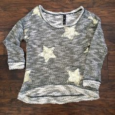 Jessica Simpson Sweater! Size S. Gold metallic star print. Black and white knit. Super cute with skinnies and heels! Smoke free, clean home. Any questions, LMK! Jessica Simpson Sweaters Crew & Scoop Necks