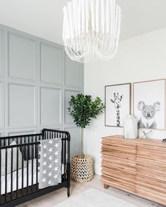 One of our 2019 Nursery Trends, board and batten adds texture, interest and a whole lot of class to the nursery. Check out these nurseries for inspiration! Baby Boy Rooms, Baby Bedroom, Nursery Room, Bedroom Wall, Bedroom Black, Bedroom Decor, Decor Room, Bedroom Lighting, Bed Room