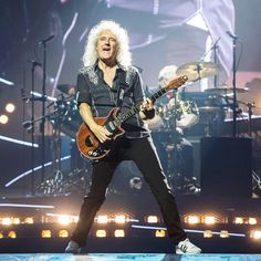 """@ong_photography Brian May / Queen 👑 """"Queen + AdamLambert Live in Bangkok 2016"""" #queen #queenadamlambert #adamlambert #ong_photography"""