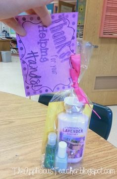 """Thanks for the Helping Hands""- Volunteer Gift idea. So cute for those room moms who you couldn't live without!"