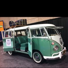 VW Camper. Guys. I need this car. Oh my gosh I LOVE IT!!!! -Eavan :)