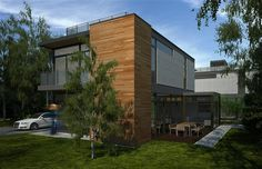 It's hard to believe that this is a prefab home. Four modern —and LEED Platinum —Nexterra Green Homes are soon to be fabricated in Toronto.