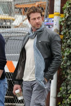 Gerard Butler Los Angeles - January 30, 2014
