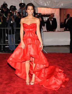 Pin for Later: Les 100 (et Plus) Plus Belles Robes Jamais Vues au Met Gala Jessica Biel En Versace.