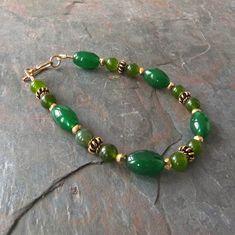 Verde Jade pulsera con 24K oro Vermeil granos hecho a mano 7