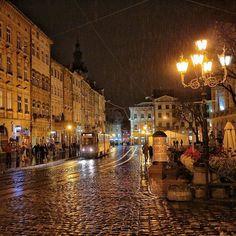 Lviv, Ukraine x