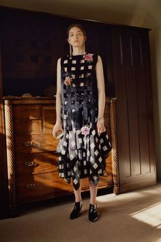 See the full Resort 2018 collection from Christopher Kane.