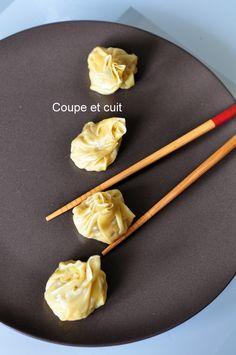 Raviolis vapeur au poulet et au citron vert Asian Cooking, Healthy Cooking, Cooking Recipes, Dumpling Recipe, Dumplings, Food Concept, Exotic Food, Dim Sum, Chinese Food
