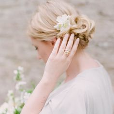 Nothing like an elegant side bun for a bridesmaid look. Thank you again @taylorandporter for having me shoot your most special and beautiful day!! And all florals by the duo at @thegardengateflowerco by darcybenincosa