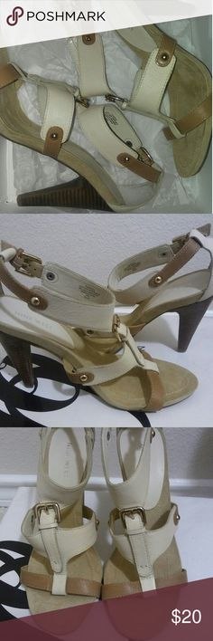 Spring Time Womens Sandals New Nine West Sandal New Been Worrn Beige and White Brown Nine West Shoes Heels