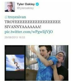 I CAN NOT STOP LAUGHING  Tyler Oakley and Troye Sivan everyone