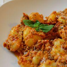 Gnocchi mit Tomatenpesto - Katha-kocht!