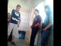 Gemeliers cantando en clase - YouTube