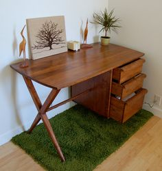 Vintage Furniture - Mid-century Modern Floating Desk. $300.00, via Etsy.
