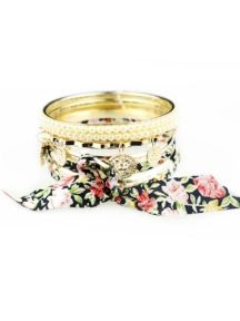 Black Floral Embellish Multilayers Bracelet