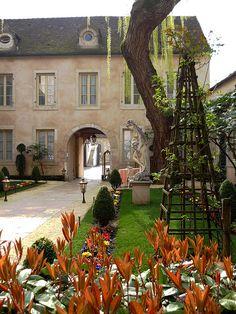 L'Hotel le Cep | Beaune, France