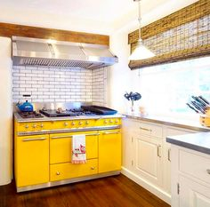 This yellow Lacanche range cooker is something else, don't you think? Tudor Kitchen, Kitchen Reno, Kitchen Design, Kitchen Cabinets, Cooker Hobs, Range Cooker, Appliances, Cookers, Ovens