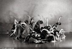 "Scene from Mary Wigman's ""Chorische Studien"",1929"