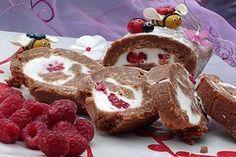 Rulada din biscuiti cu crema fina de branza si zmeura din categoria Prajituri. Cu specific romanesc.. Cum sa faci Rulada din biscuiti cu crema fina de branza si zmeura