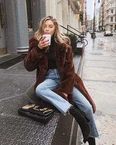 40 Best Street Style Looks for Winter Fashion - Gucci Makeup - Ideas of Gucci Makeup - Sit still look pretty Fall Winter Outfits, Autumn Winter Fashion, Winter Style, Casual Winter, Winter Clothes, Summer Outfits, Winter Wear, New York Winter Fashion, Outfits 2016