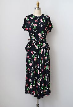 vintage 1930s 1940s silk rayon peplum dress