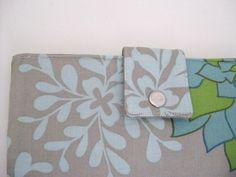 Must have wallet  Dahlia by KomonoArt on Etsy, $28.00