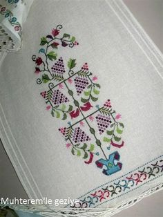 Hand embroidered table runner cross-stitch table by RugsNBags Cross Stitch Embroidery, Hand Embroidery, Cross Stitches, Bargello, Cross Stitch Designs, Needle And Thread, Needlework, Diy Crafts, Traditional
