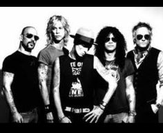 Velvet Revolver-wish they would find a new singer! 80s Music, Music Love, Rock Music, Saul Hudson, Velvet Revolver, Scott Weiland, Duff Mckagan, Band Photos, Music People