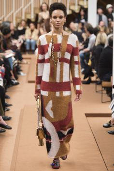 Tod's Fall 2016 Ready-to-Wear Fashion Show