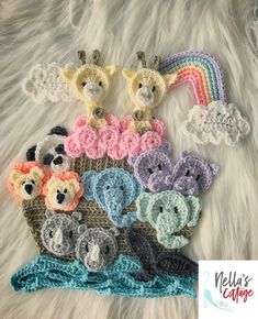 Searching for the perfect crochet applique pattern items? Shop at Etsy to find unique and handmade crochet applique pattern related items directly from our sellers. Baby Blanket Crochet, Crochet Baby, Love Crochet, Crochet Toys, Hat Crochet, Baby Pattern, Unicorn Pattern, Crochet Motif, Crochet Patterns