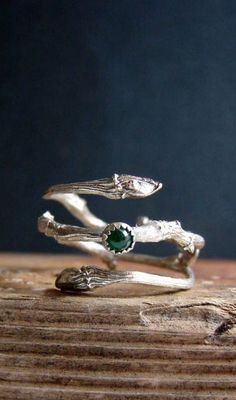 Emerald Ring Silver Twig Cabochon Witch Ring. women's fashion and style. accessories. jewelry. ring