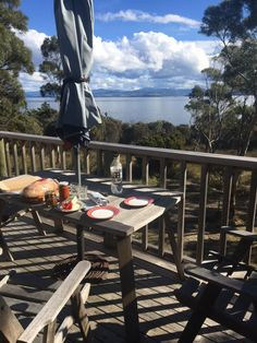 Te Kuiti is a smartly furnished 2 level holiday home set in Australian bushland with panoramic views of the D'Entrecasteaux Channel and the Tasmanian coast. Bruny Island, Outdoor Dining, Outdoor Decor, Tasmania, 4 Star Hotels, Bbq, Cottage, Holiday Accommodation, Patio
